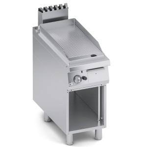 Fry Top a Gas Rigato in Acciaio Dolce con Paraspruzzi + Vano Aperto K4GFRS05VV